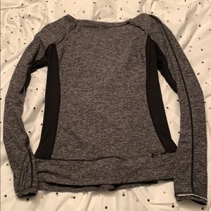 Lululemon Heather Gray/Black Long Sleeve